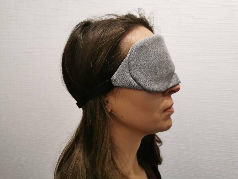 So sieht die Mavogel Maske von der Seite aus.
